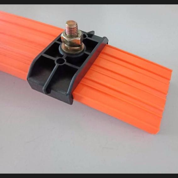 U型滑触线使用方法