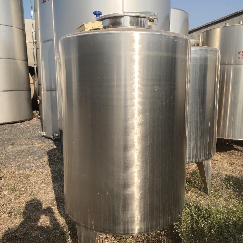 新到10-30立方二手不锈钢储罐多台