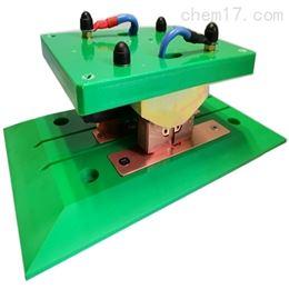 AGV充电装置