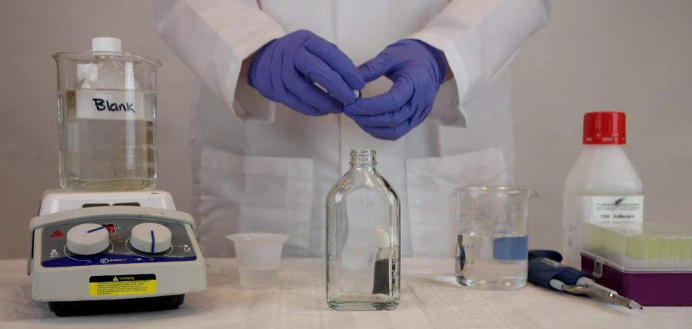 配制福尔马肼标准溶液