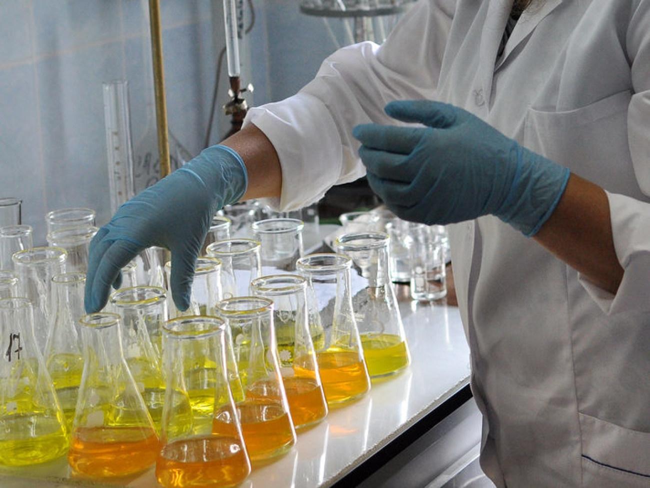 苯酚光度法分析水中氨